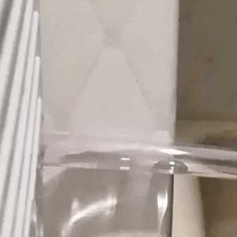 除湿機を連続排水にした話(排水ボックスが満水で除湿停止を回避でき快適になった)